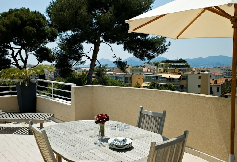 Arthur Properties Bel Air, Cannes, Privilege Apartment with Terrace, Balkon
