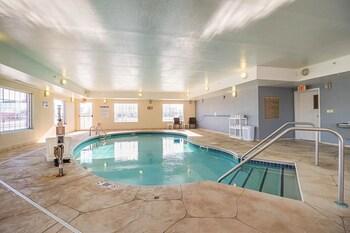 A(z) Quality Inn & Suites Waterloo - Cedar Falls - Cedar Valley hotel fényképe itt: Waterloo