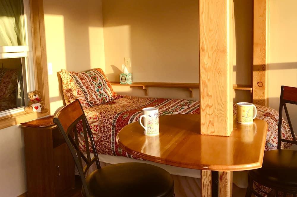 Suite Standard, várias camas - Sala de Estar
