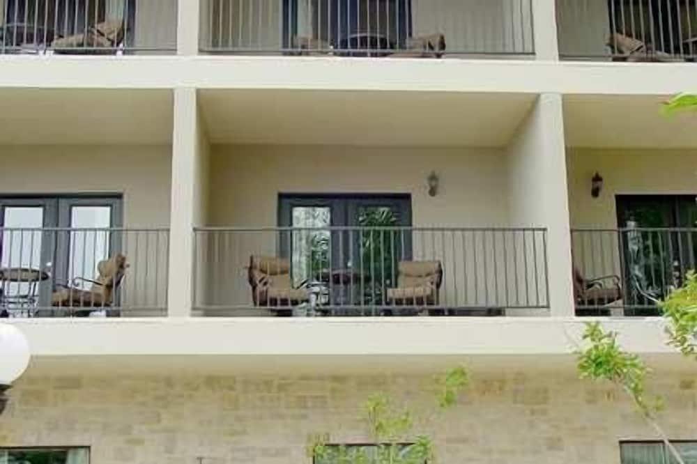 One king balcony courtyard - 露台