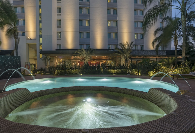Hotel Victoria Ejecutivo, Гвадалахара, Открытый бассейн
