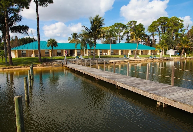 Lake Grassy Inn & Suites, Lake Placid, See