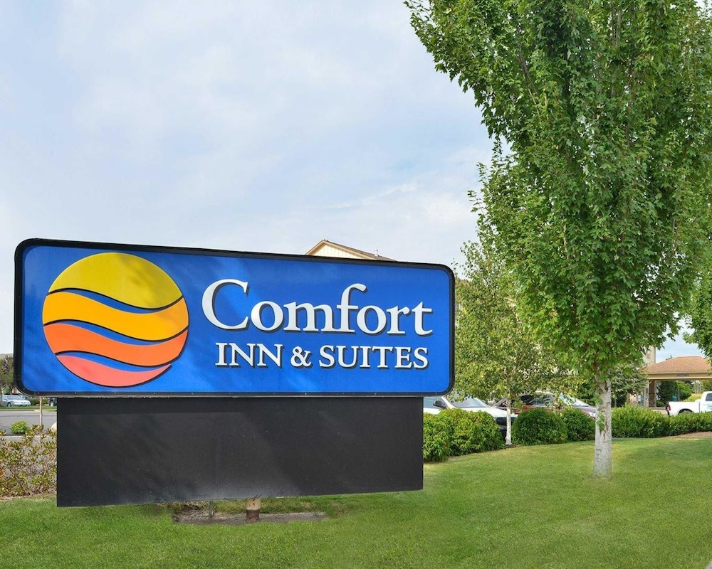 hotels z book of mcminnville inn comforter and united states com in comfort suites america