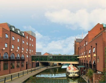 Enter your dates to get the Chester hotel deal