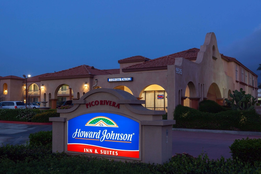 Howard Johnson Inn And Suites Pico Rivera Exterior