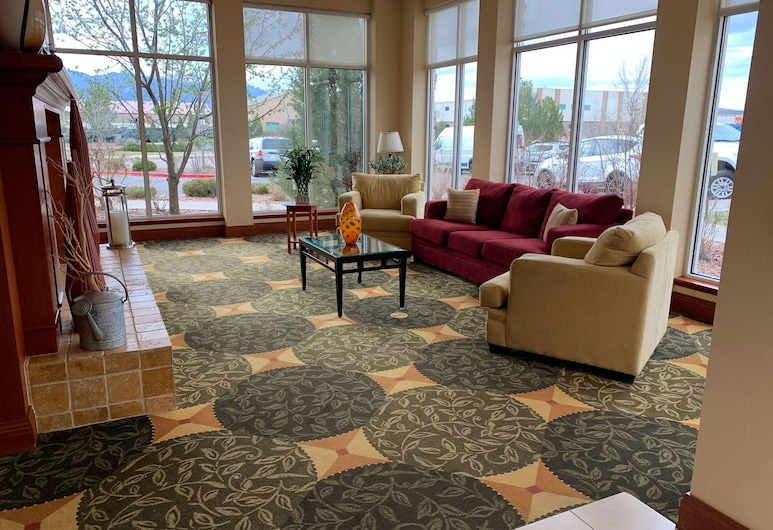 Hilton Garden Inn Colorado Springs Airport, Colorado Springs, Lobby