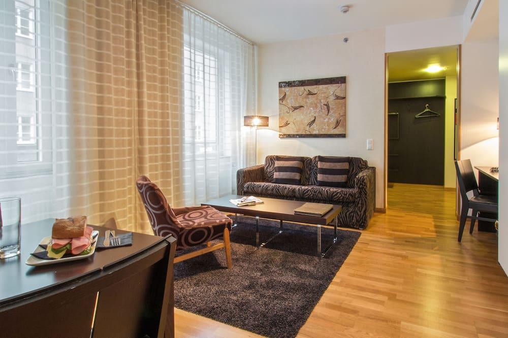 Standard-huone, Useita sänkyjä, Tupakointi kielletty, Keittiö (with Sofabed) - Oleskelualue