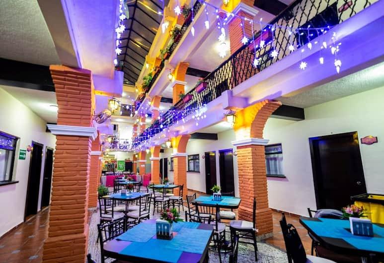 Hotel Del Carmen, Tuxtla Gutierrez, Exterior