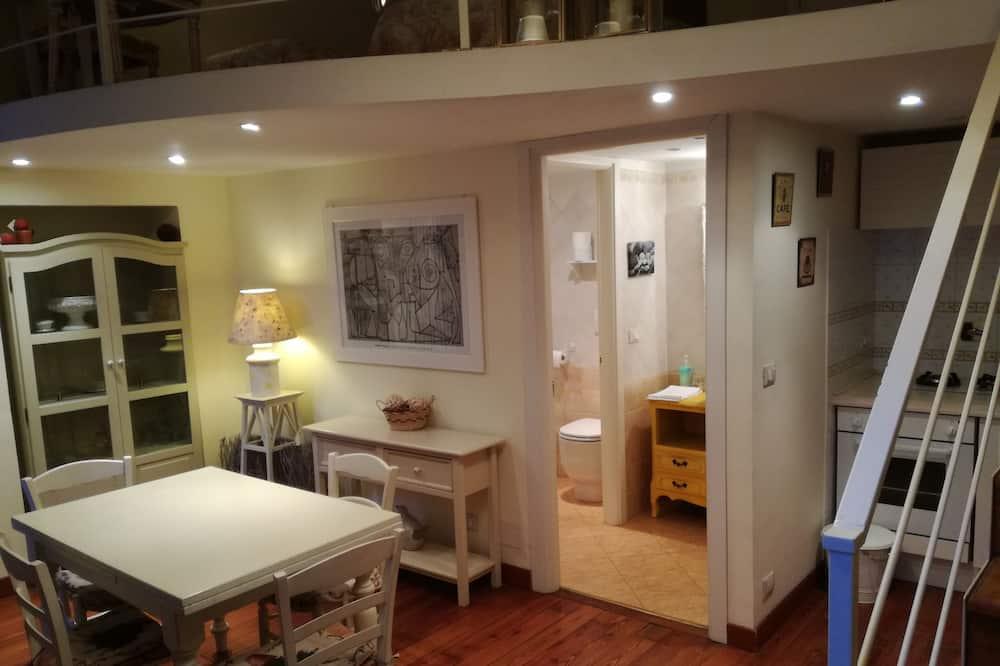 Suite, Annex Building (4 persone) - In-Room Dining