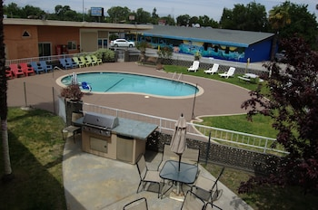 Picture of Americas Best Value Inn-Red Bluff in Red Bluff