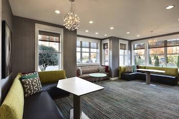 Greensboro bölgesindeki Residence Inn by Marriott Greensboro Airport resmi