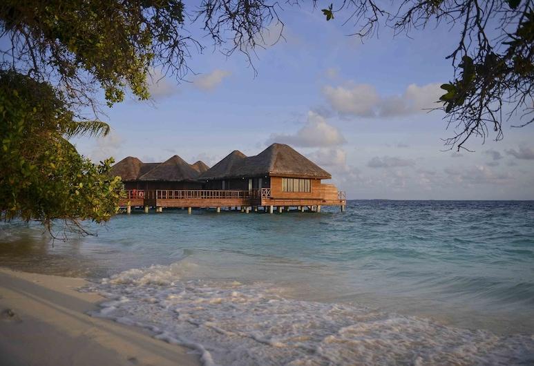 Bandos Maldives, Bandos Island, Water Villa, Habitación