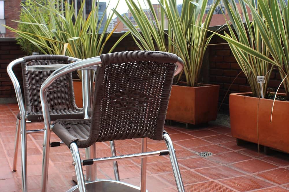 Premium Suite, Kitchen - Balcony