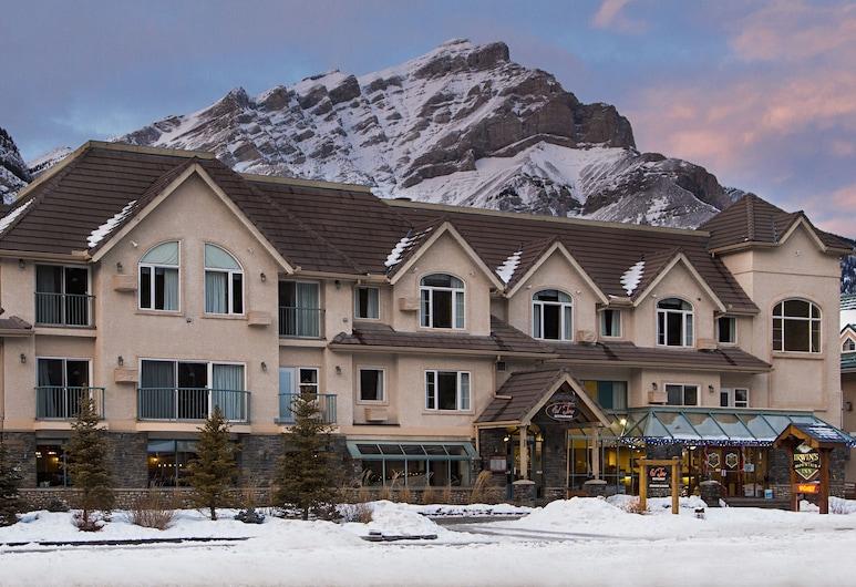 Irwin's Mountain Inn, Banff, Fachada del hotel