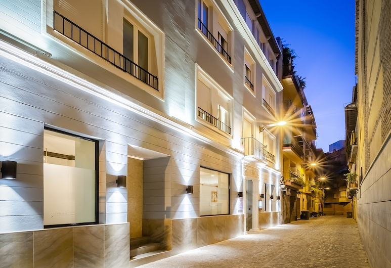 Hotel YIT Casablanca, Granada, חזית המלון