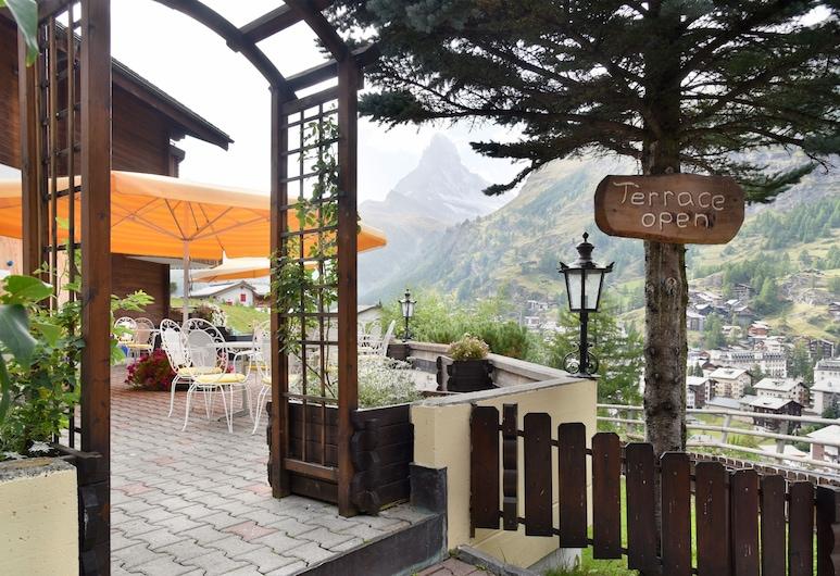Hotel Alpenroyal, Zermatt, Terrasse/Patio