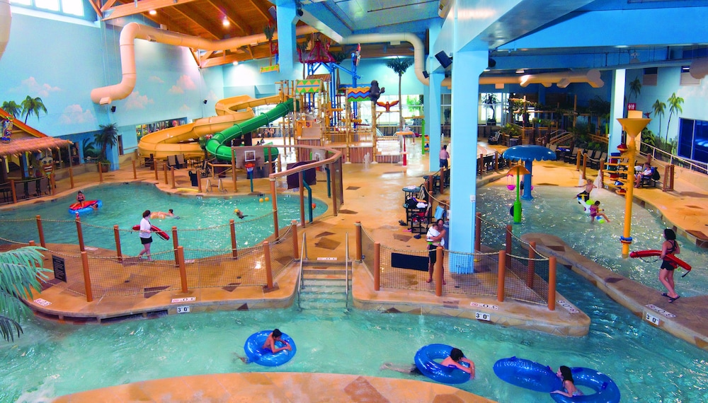 Canad Inns Destination Center Grand Forks Water Park