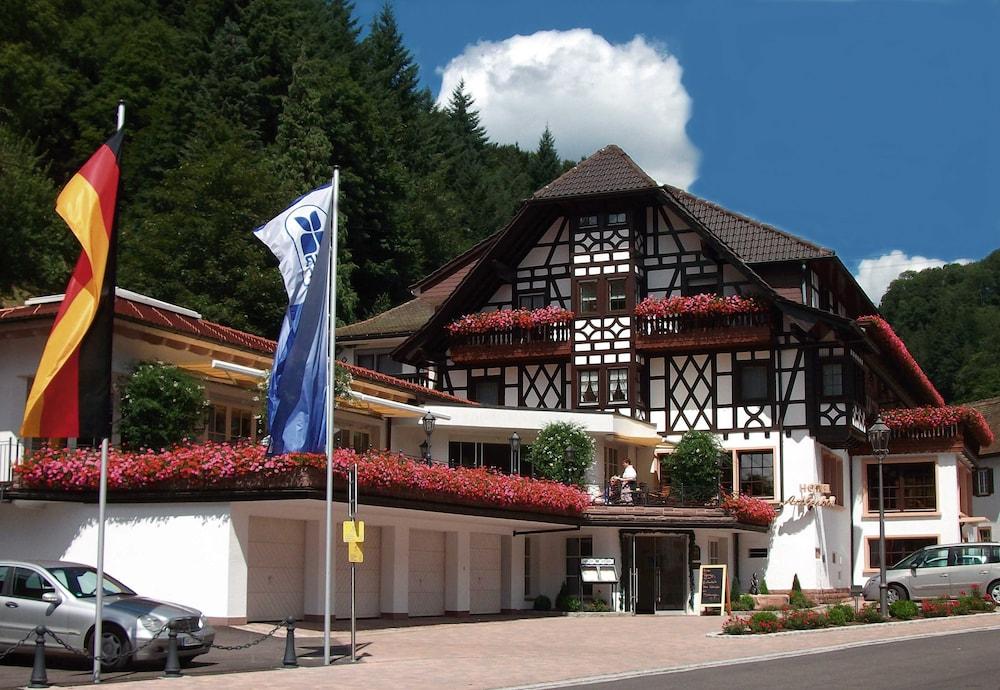 Flair Hotel Adlerbad, Bad Peterstal-Griesbach