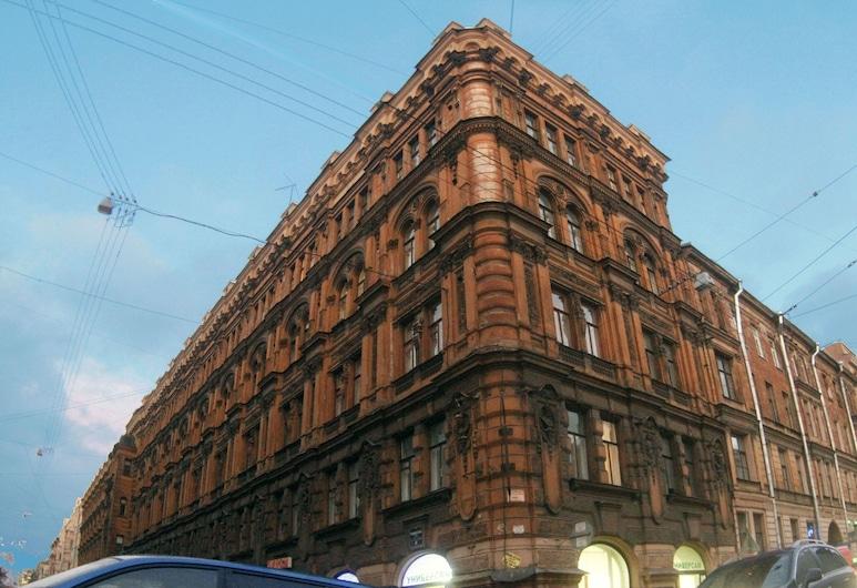 Idillia Inn, Szentpétervár