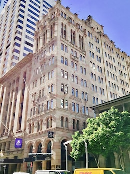 Picture of The Manor Apartment Hotel in Brisbane