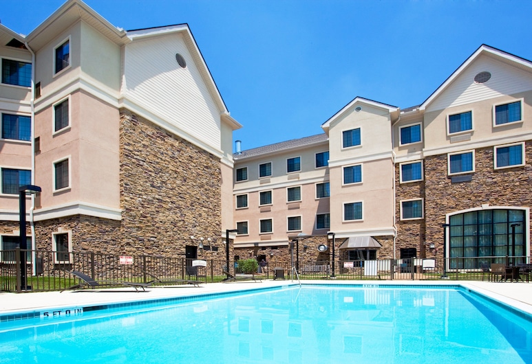 Staybridge Suites Durham/Chapel Hill, an IHG Hotel, Durham, Sundlaug