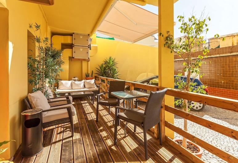 Best Western Hotel Dom Bernardo, Faro, Terrace/Patio