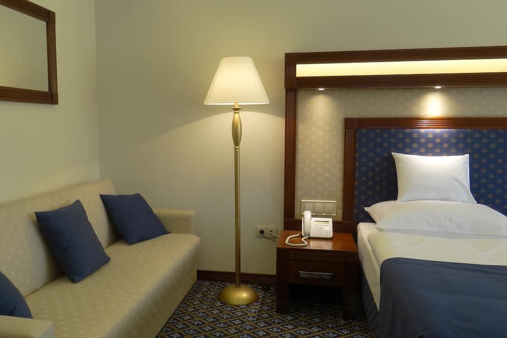 Superior Double Room Single Use - Living Area