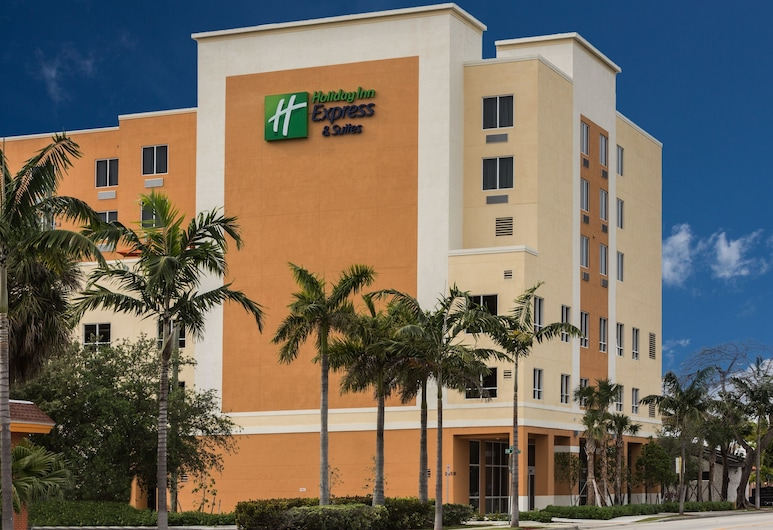 Holiday Inn Express & Suites Fort Lauderdale Airport South, an IHG Hotel, Dania Beach