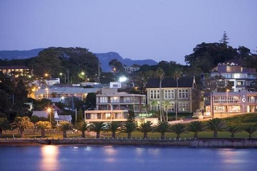 凯阿玛港畔塞堡酒店/