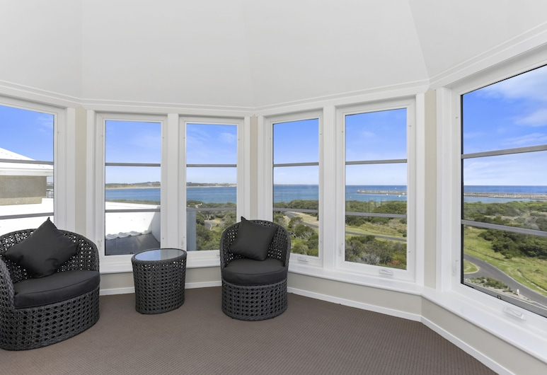 Deep Blue Hotel & Hot Springs, Warrnambool, Panoramic Four Bedroom Penthouse, Guest Room