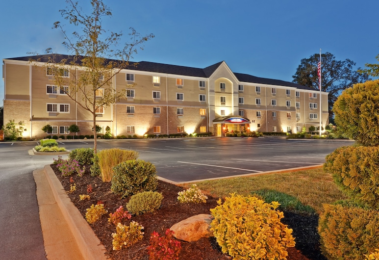 Candlewood Suites Bowling Green, Bowling Green, Z zewnątrz