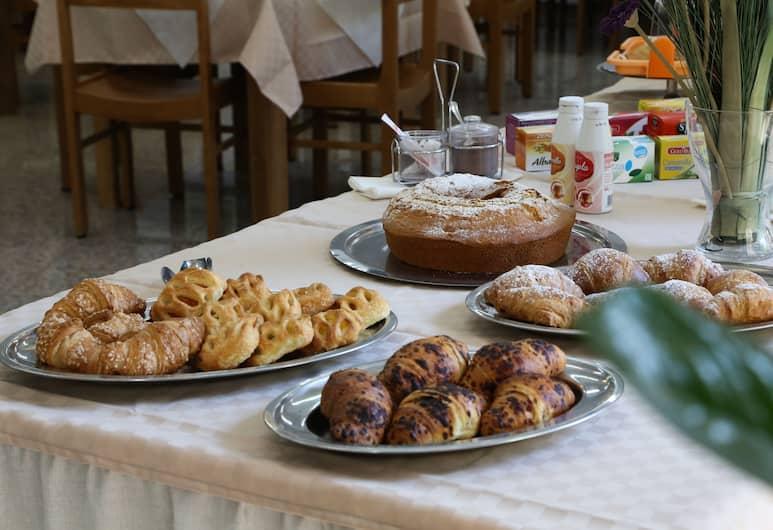 Villa Mater Hotel, Catania, Breakfast Area