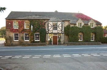 Picture of Hunters Hall Tetbury in Tetbury