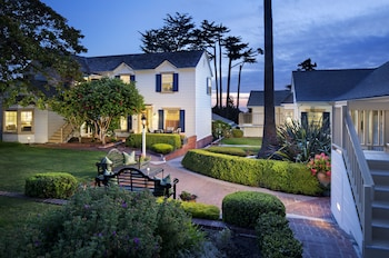 Picture of Colonial Terrace Inn by the Sea in Carmel