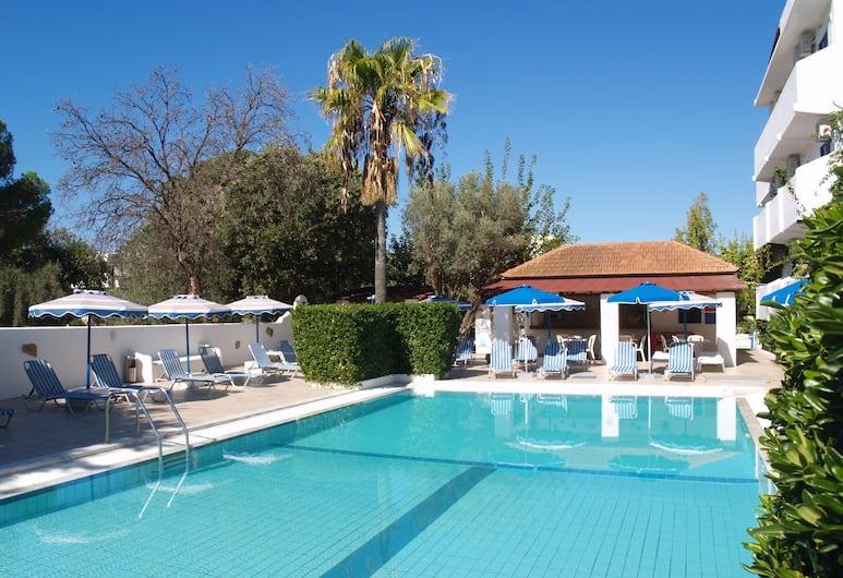 Nathalie Hotel, Rodosz, Kültéri medence