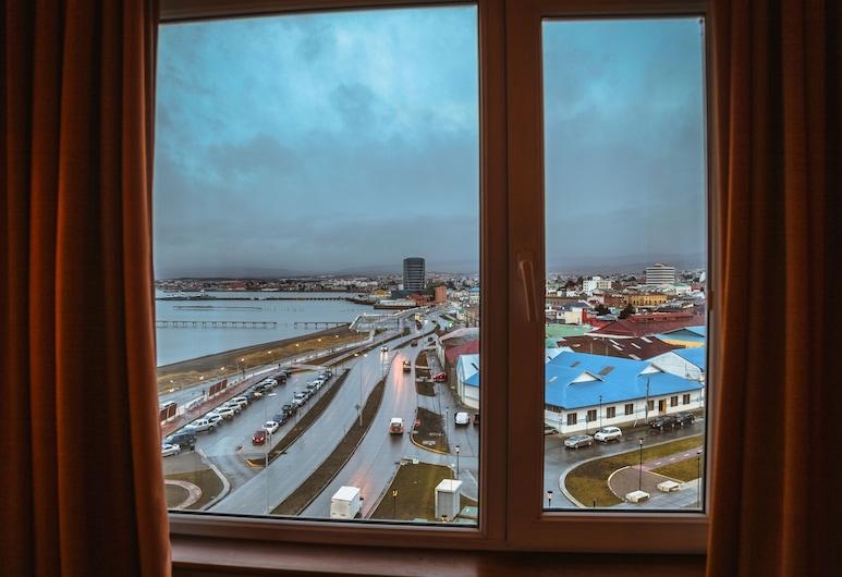 دييجو دي ألماجرو بونتا أريناز, بونتا أريناس, منظر من غرفة الضيوف