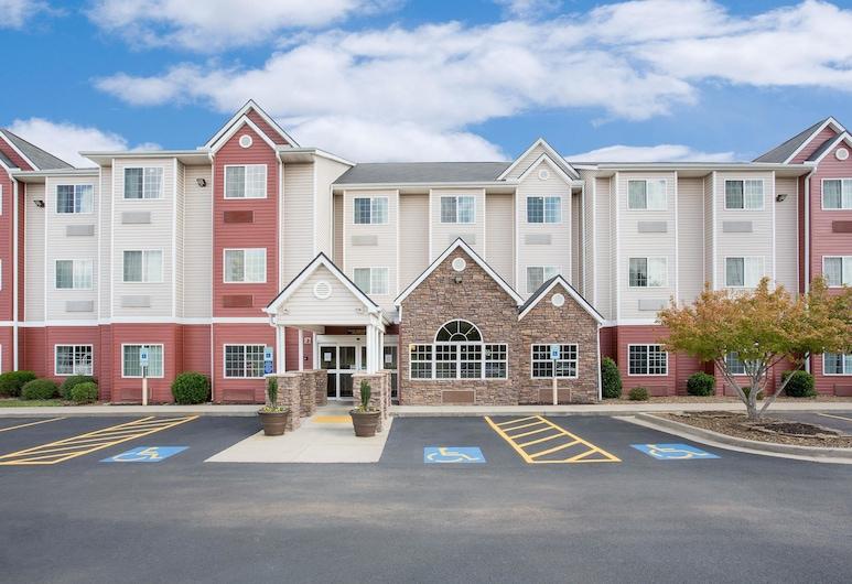 Microtel Inn & Suites by Wyndham Bentonville, Bentonville