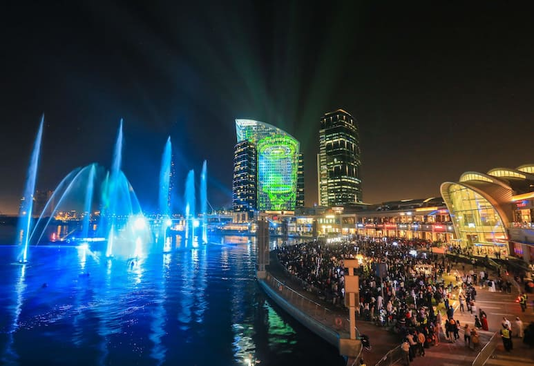 InterContinental Dubai Festival City, Dubai, Fountain