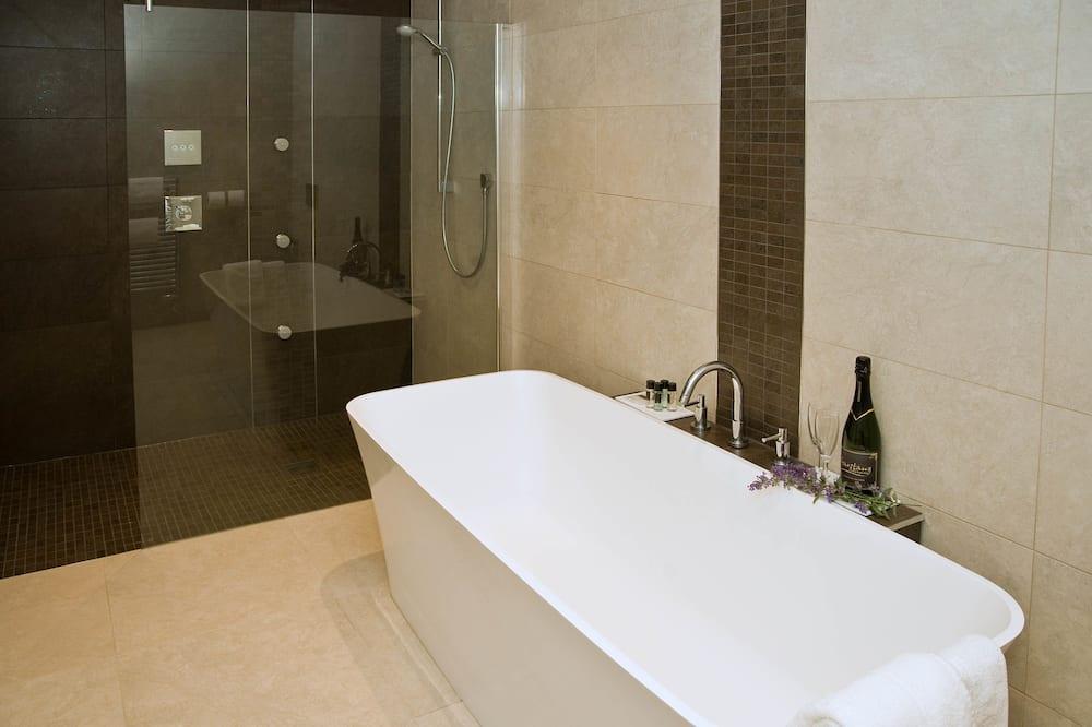 Luxusný apartmán, 1 extra veľké dvojlôžko, nefajčiarska izba - Kúpeľňa