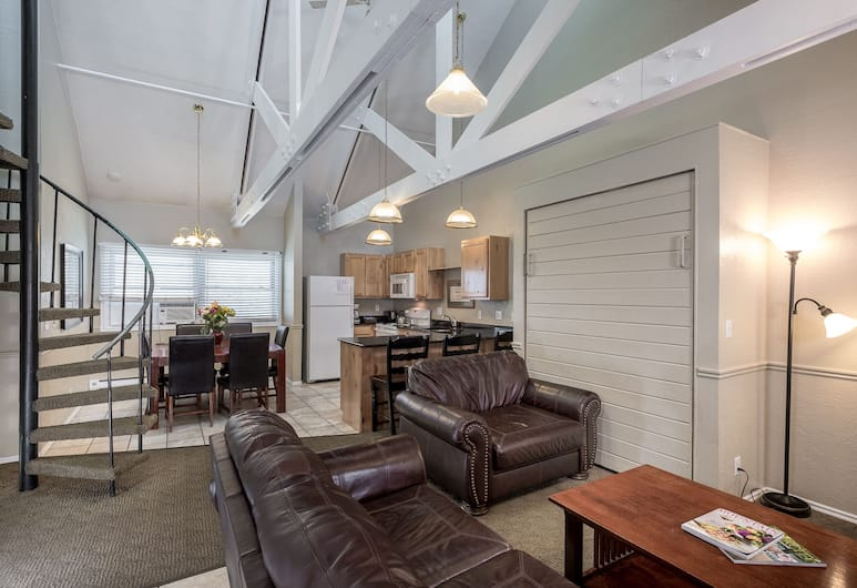 Sweetwater Lift Lodge, Park City, Loft, 3 Bedrooms, 2 Bathrooms, Mountain View, $22 Nightly Resort Fee, Living Area