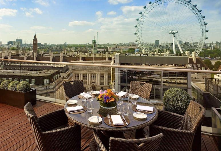 Park Plaza County Hall London, London, Penthouse (Suite), Guest Room
