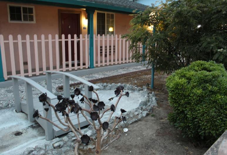 Riverside Inn & Suites Santa Cruz, Santa Cruz, Bahçe