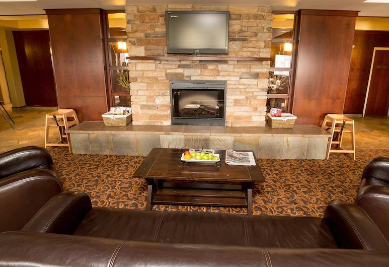 Holiday Inn Express Hotel & Suites Drayton Valley, Drayton Valley, Lobby