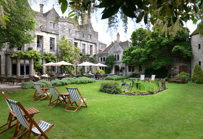 The Close Hotel, Tetbury, Property Grounds