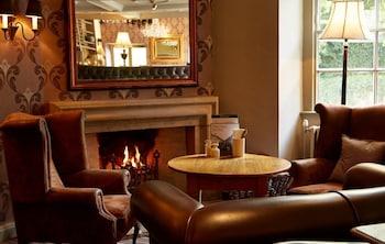 Foto Cross Hands Hotel Old Sodbury by Greene King Inns di Bristol