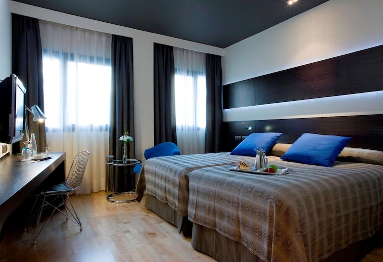 NH Madrid Las Tablas, Madryt, Superior Room, Pokój