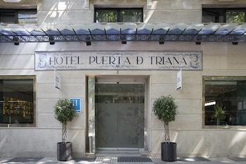 Foto van Petit Palace Puerta de Triana in Sevilla