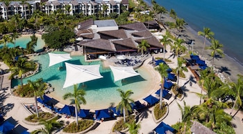 Picture of Radisson Blu Resort Fiji Denarau Island in Nadi