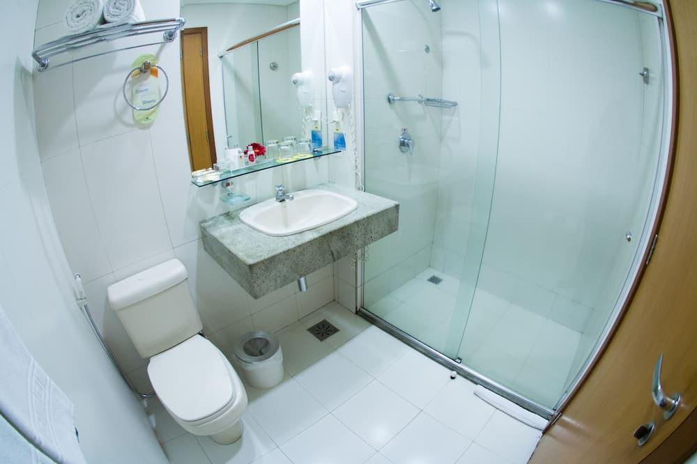 Standard Suite, 1 Queen Bed, Non Smoking - Bathroom