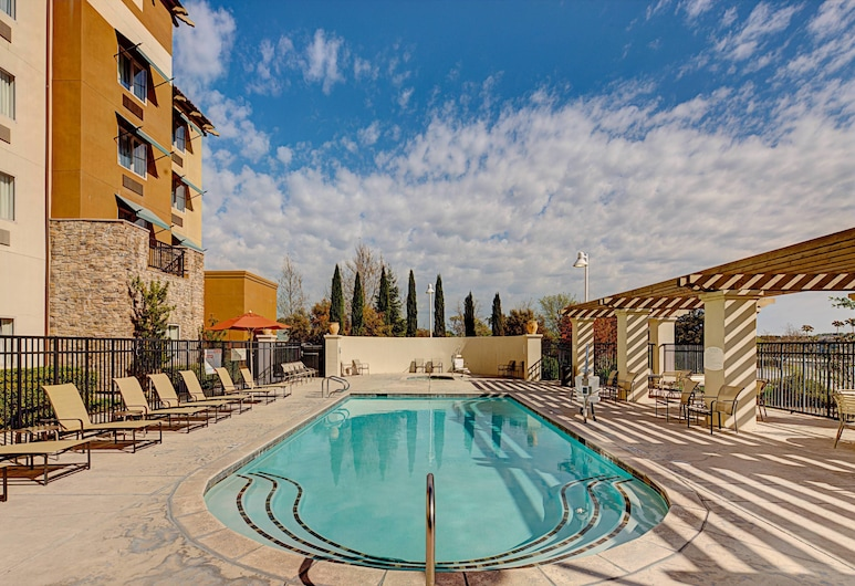 Courtyard Marriott Paso Robles, Paso Robles, Pool